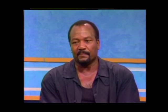 Jim Brown: Out of Bounds